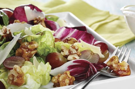 Red Leaf Salad with Candied Walnuts and Grapes